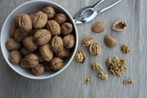 In Season : walnuts